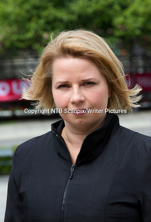 Oslo  20110524. Forfatter Tonje R&macr;ed mener selv at Emma hovedpersonen i hennes roman &quot;Skj&macr;nne utsikter&quot; leker forfatteren katt og mus med v&Acirc;r sympati i sin nye roman som utkommer fra Forlaget Oktober. <br /> Foto: Morten Holm / Scanpix<br /> <br /> NTB Scanpix/Writer Pictures<br /> <br /> WORLD RIGHTS, DIRECT SALES ONLY, NO AGENCY
