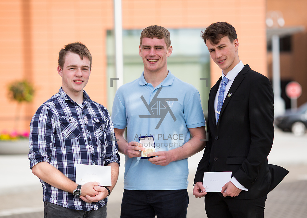 31.05.2017      <br /> University of Limerick Analog Devices Robbie McAdam Awards.<br /> Robbie McAdam Award recipients, Oisin Watkins, 2nd year, Gearoid Moore, Final Year and Robbie McAdam medal recipient and Cian McNamara, 3rd year. Picture: Alan Place.