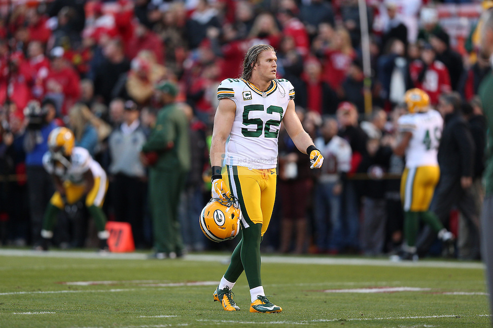 Green Bay Packers outside linebacker Clay Matthews (52) warms up during a NFL Divisional playoff game against the San Francisco 49ers at Candlestick Park in San Francisco, Calif., on Jan. 12, 2013. The 49ers defeated the Packers 45-31. (AP Photo/Jed Jacobsohn)