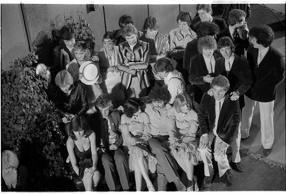 1980-03-09.9th March 1980.09-09-1980.03-09-80..Photographed at RTE Montrose, Dublin..The Huddle:..Contestants huddled prior to the verdict at the 16th National Song Competition.
