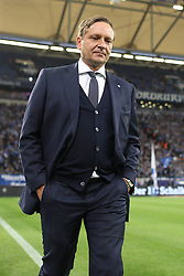 17.10.2015, Veltins Arena, Gelsenkirchen, GER, 1. FBL, Schalke 04 vs Hertha BSC, 9. Runde, im Bild Manager Horst Heldt (FC Schalke 04)<br />