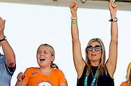 RIO DE JANEIRO - Koning Willem-Alexander, koningin Maxima en de prinsesjes Amalia, Alexia en Ariane tijdens de kwalificatie springen op de Olympische Spelen van Rio. ROBIN UTRECHT