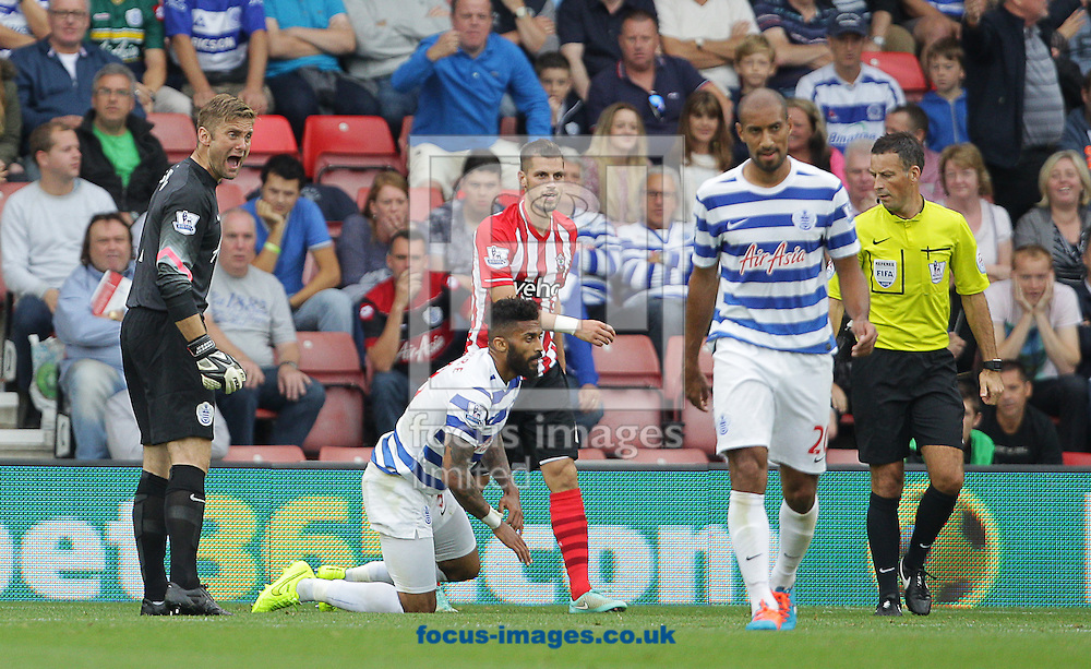 Robert Green ( L ) of Queens Park Rangers shouts instructions to his defence during the Barclays Premier League match at the St Mary's Stadium, Southampton<br /> Picture by Paul Terry/Focus Images Ltd +44 7545 642257<br /> 27/09/2014