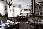 Restaurant Ahrberg innen, Blankenese, Hamburg, Deutschland.|.Restaurant Ahrberg, Blankenese, Hamburg, Germany.