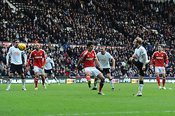 Derby County's Johnny Russell takes a shot at goal. - Photo mandatory by-line: Dougie Allward/JMP - Mobile: 07966 386802 - 17/01/2015 - SPORT - Football - Derby - iPro Stadium - Derby County v Nottingham Forest - Sky Bet Championship