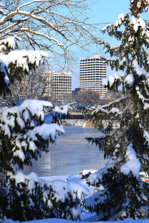 Downtown Skyline in winter...Photo by Matt Cashore..Use of this image prohibited without authorization and/or compensation..To contact Matt Cashore:.574.220.7288.574.233.6124.cashore1@michiana.org.www.mattcashore.com