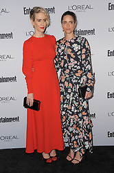 Sarah Paulson, Amanda Peet bei der 2016 Entertainment Weekly Pre Emmy Party in Los Angeles / 160916<br /> <br /> ***2016 Entertainment Weekly Pre-Emmy Party in Los Angeles, California on September 16, 2016***