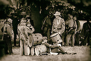 USA, Oregon, Brooks, Willamette Mission State Park, Confederate drum and fife corps rests on patrol.