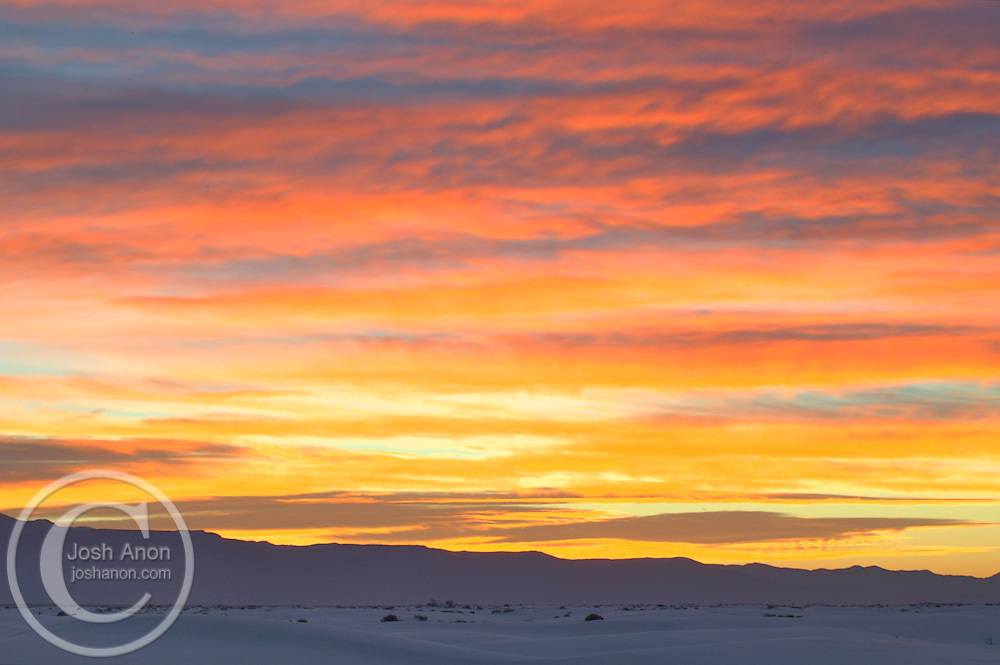 USA, New Mexico, White Sands National Monument. Sunrise over White Sands. Credit as: © Josh Anon / Jaynes Gallery / DanitaDelimont.com