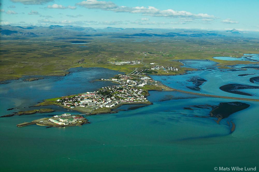 Borgarnes séð til norðurs. höfnin í forgrunni .Borgarbyggð áður Borgarhreppur / Borgarnes viewing north. harbour in foreground. Borgarbyggd former Borgarhreppur.