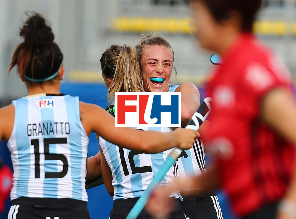 New Zealand, Auckland - 24/11/17  <br /> Sentinel Homes Women&rsquo;s Hockey World League Final<br /> Harbour Hockey Stadium<br /> Copyrigth: Worldsportpics, Rodrigo Jaramillo<br /> Match ID: 10307 - ARG-GER<br /> Photo: (14) HABIF Agustina(15) GRANATTO Maria Eugenia and (12) MERINO Delfina