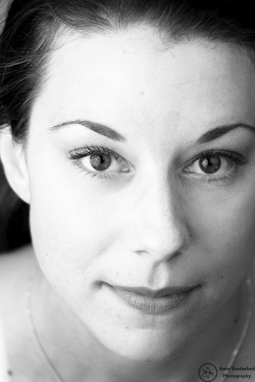 Headshot of one of my dear and glamorous friends Jana.