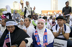 March 23, 2019 - Kuala Lumpur, Malaysia - Hundred of Malaysian people gather at Merdeka square in Kuala Lumpur, Malaysia for global solidarity action for the Christchurch attacks in New zealand on March 23, 2019. (Credit Image: © Chris Jung/NurPhoto via ZUMA Press)