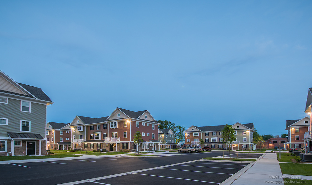 Architectural image of Stone Grove Crossing Apartments in Salisbury Maryland by Jeffrey Sauers of Commercial Photographics, Architectural Photo Artistry in Washington DC, Virginia to Florida and PA to New England