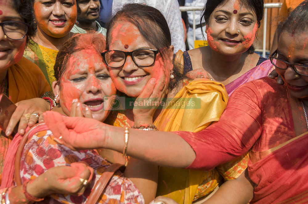 May 24, 2019 - Kolkata, West Bengal, India - The national election results of INDIA---2019.The world's largest democracy has just seen the results.It's a total saffornization with a little bit of green here in west bengal.The joy and jubilation along with great splash of colors among the supporters of BJP and TMC are the most significant part of celebration here in KOLKATA. (Credit Image: © Amlan Biswas/Pacific Press via ZUMA Wire)