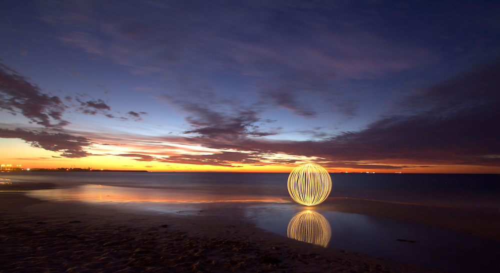 The Orb shows itself at Port Beach, Fremantle.