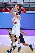 DESCRIZIONE : Varese FIBA Eurocup 2015-16 Openjobmetis Varese Telenet Ostevia Ostende<br /> GIOCATORE : Daniele Cavaliero<br /> CATEGORIA : Tiro Tre Punti <br /> SQUADRA : Openjobmetis Varese<br /> EVENTO : FIBA Eurocup 2015-16<br /> GARA : Openjobmetis Varese - Telenet Ostevia Ostende<br /> DATA : 28/10/2015<br /> SPORT : Pallacanestro<br /> AUTORE : Agenzia Ciamillo-Castoria/M.Ozbot<br /> Galleria : FIBA Eurocup 2015-16 <br /> Fotonotizia: Varese FIBA Eurocup 2015-16 Openjobmetis Varese - Telenet Ostevia Ostende