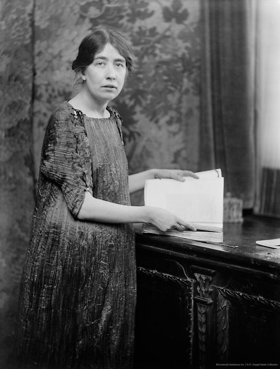 Sylvia Pankhurst, suffragette, Britain,1916