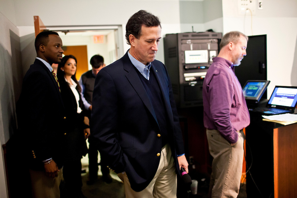 "Republican presidential candidate Rick Santorum arrives to participate in ""The Electorate and the Economy"" forum at St. Anselm College on Saturday, January 7, 2012 in Manchester, NH. Brendan Hoffman for the New York Times"