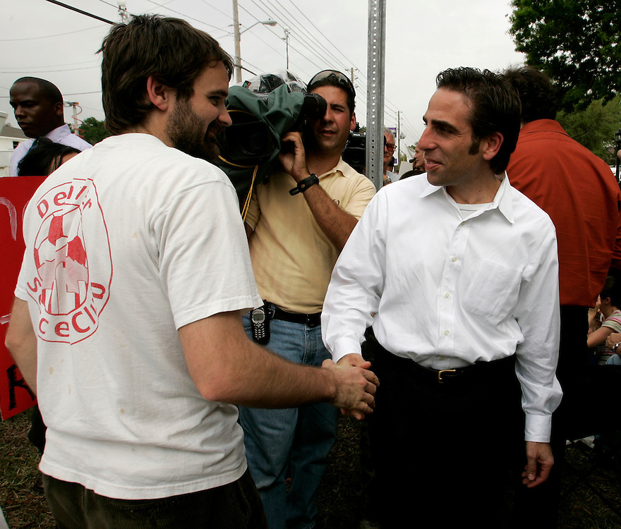 Bobby Schindler (R), greets supporters of his sister Terri Schiavo, outside the Woodside Hospice on March 24, 2005 in Pinellas Park, Florida. Schiavo still remains off a feeding tube despite the efforts of her parents REUTERS/Scott Audette
