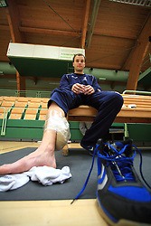 Injured Uros Zorman at practice of Slovenian handball men national team before going to Israel, on October 27, 2008 in Lasko, Slovenia. (Photo by Vid Ponikvar / Sportal Images)