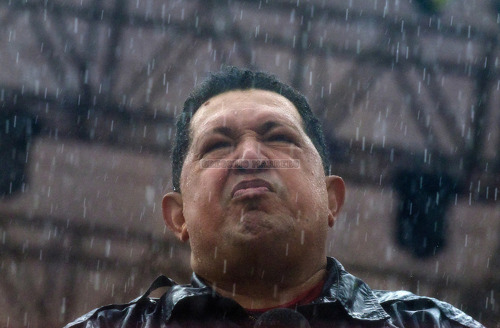 CARACAS - OCTOBER 04, 2012: The last public appearance of President Chavez, attends closing rally of his campaign. Chavez will compete for the presidency by opposition candidate Henrique Capriles in elections to be held next October 7.  (Photo by Gregorio Marrero)