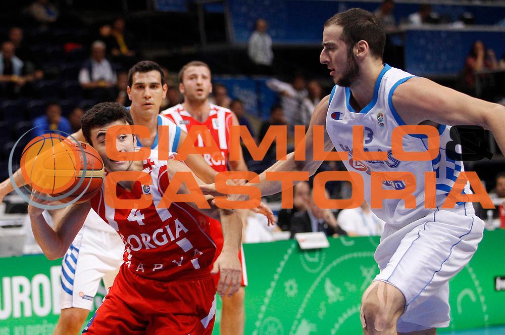 DESCRIZIONE : Vilnius Lithuania Lituania Eurobasket Men 2011 Second Round Grecia Georgia Greece Georgia<br /> GIOCATORE : Giorgi Gamqrelidze <br /> SQUADRA : Georgia<br /> EVENTO : Eurobasket Men 2011<br /> GARA : Grecia Georgia Greece Georgia<br /> DATA : 12/09/2011 <br /> CATEGORIA : palleggio<br /> SPORT : Pallacanestro <br /> AUTORE : Agenzia Ciamillo-Castoria/L.Kulbis<br /> Galleria : Eurobasket Men 2011 <br /> Fotonotizia : Vilnius Lithuania Lituania Eurobasket Men 2011 Second Round Grecia Georgia Greece Georgia<br /> Predefinita :