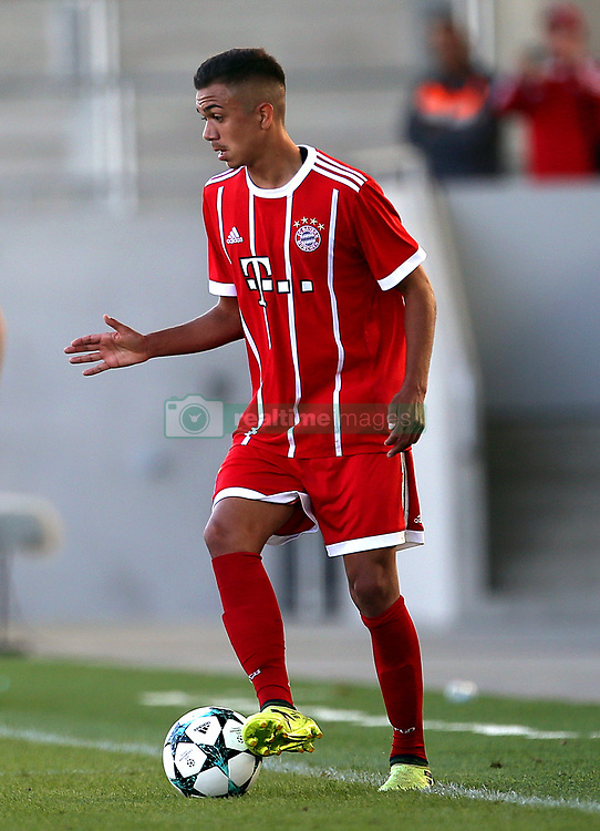 Bayern Munich Oliver Batista Meier in action