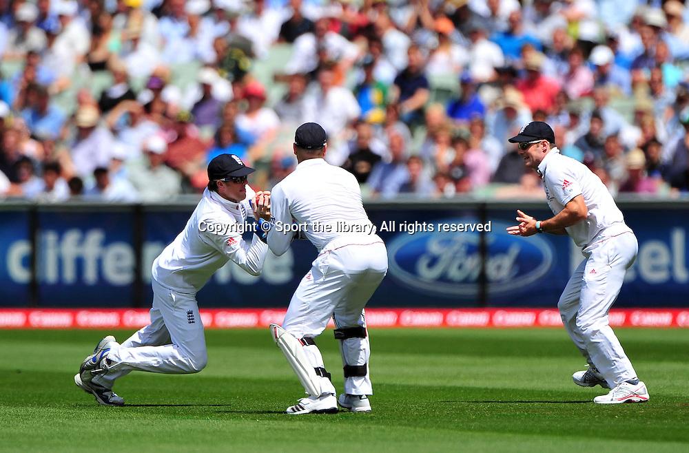 Graeme Swann (ENG) celebrates the <br /> wicket of Australian Capt, Ricky Ponting<br /> Australia vs England<br /> Cricket - Ashes Test 3 / Melbourne<br /> Melbourne Cricket Ground / MCG<br /> Sunday 26 December 2010<br /> &copy; Sport the library/Jeff Crow