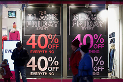 Shoppers in Princes Street, Edinburgh for the Black Friday weekend. Pic. Terry Murden @edinburghelitemedia