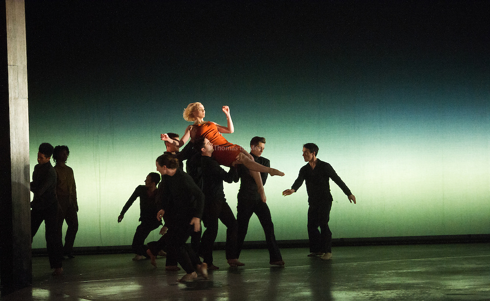 Simone Damberg Wortz and Members of the company perform Transfigured Night