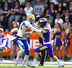 19.06.2016, FAC Stadion, Wien, AUT, AFL, AFC Vienna Vikings vs Projekt Spielberg Graz Giants, im Bild Christoph Gubisch (Projekt Spielberg Graz Giants, QB, #5) und Sebastian Wimmer (Vienna Vikings) // during the AFL game between AFC Vienna Vikings vs Projekt Spielberg Graz Giants at the FAC Stadion, Vienna, Austria on 2016/06/19. EXPA Pictures © 2016, PhotoCredit: EXPA/ Thomas Haumer