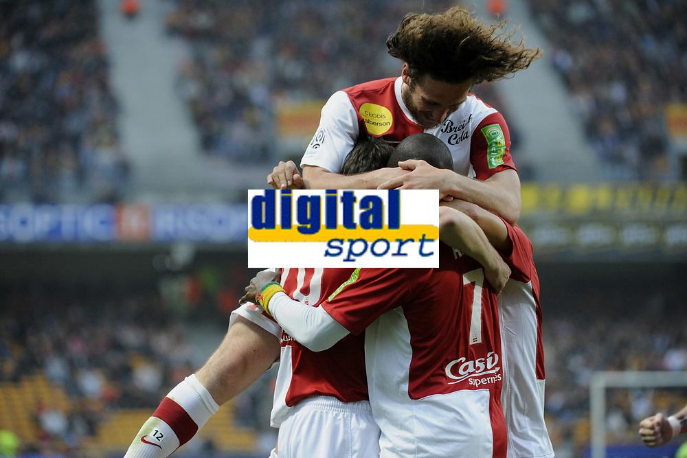 FOOTBALL - FRENCH CHAMPIONSHIP 2010/2011 - RC LENS v STADE BRESTOIS 29 - 16/04/2011 - PHOTO : ALAIN GADOFFRE / DPPI - JOIE STADE BRESTOIS 29