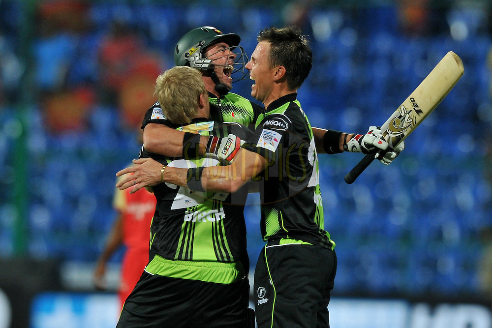Nicky Boje of Warriors celebrate after winning the match 1 of the NOKIA Champions League T20 ( CLT20 )between the Royal Challengers Bangalore and the Warriors held at the  M.Chinnaswamy Stadium in Bangalore , Karnataka, India on the 23rd September 2011..Photo by Pal Pillai/BCCI/SPORTZPICS