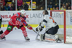 12.02.2020, Stadthalle, Klagenfurt, AUT, EBEL, EC KAC vs Moser Medical Graz 99ers, 47. Platzierungsrunde, im Bild Thomas KOCH (EC KAC, #18), Cristopger NIHLSTORP (Moser Medical Grazz99ers, #41) // during the Erste Bank Eishockey League 47th placement round match between EC KAC and Moser Medical Graz 99ers at the Stadthalle in Klagenfurt, Austria on 2020/02/12. EXPA Pictures © 2020, PhotoCredit: EXPA/ Gert Steinthaler