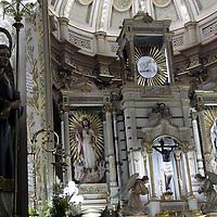 TOLUCA, México.- El robo de arte sacro se ha convertido en uno de los delitos más comunes en estos días, cada vez se registran más saqueos a iglesias para conseguir piezas que en la mayoría de veces terminan siendo parte de alguna colección privada. Agencia MVT / Crisanta Espinosa. (DIGITAL)