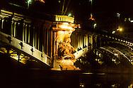 France. Lyon . The confluence of the three rivers- the Rhone, the saone and the beaujolais. On the piers of Lafayette bridge we see a woman leaning against a lion, allegory of the Saone, while a man represents the Rhone. The clusters of grapes symbolize the third river, the Beaujolais.       Trois fleuve se rejoignent ici, Rhône Saône et Beaujolais. Sur les piles du pont Lafayette, on remarque une femme appuyee sur un Lion, allegorie de la Saône, tandis qu'un homme figure le Rhône. des grappes de raisin, quant à elle symbolisent le troisième fleuve: le Beaujolais      R00063 16    L930828c     P0000204