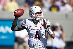BERKELEY, CA - OCTOBER 03:  Quarterback Luke Falk #4 of the Washington State Cougars passes against the California Golden Bears during the first quarter at California Memorial Stadium on October 3, 2015 in Berkeley, California. (Photo by Jason O. Watson/Getty Images) *** Local Caption *** Luke Falk