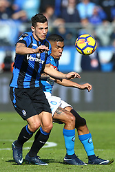 January 21, 2018 - Bergamo, Italy - Remo Freuler of Atalanta and Allan Loudeiro of Napoli  during the Italian Serie A football match Atalanta Vs Napoli on January 21, 2018 at the 'Atleti Azzurri d'Italia Stadium' in Bergamo. (Credit Image: © Matteo Ciambelli/NurPhoto via ZUMA Press)