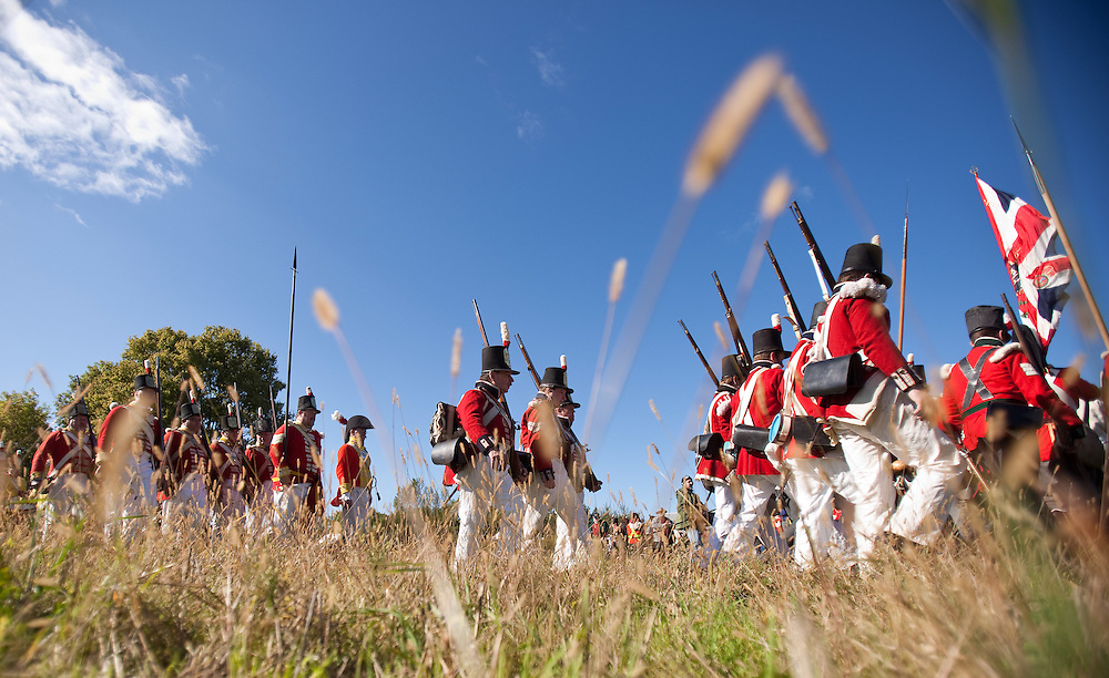 London, ONT.; October 1, 2011--  British soldiers march during a War of 1812 re-enactment at Fanshawe Pioneer Village in London, Ontario, October 1, 2011.<br /> <br /> (GEOFF ROBINS/ Postmedia News)
