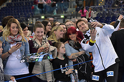 11.03.2016, Leipzig, GER, Handball Länderspiel, Deutschland vs Katar, Herren, im Bild Carsten Lichtlein (GER #16) beim Selfie mit den Fans // during the men's Handball international Friendlies between Germany and Qatar in Leipzig, Germany on 2016/03/11. EXPA Pictures © 2016, PhotoCredit: EXPA/ Eibner-Pressefoto/ Modla<br /> <br /> *****ATTENTION - OUT of GER*****