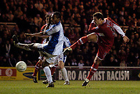 Photo: Jed Wee.<br /> Middlesbrough v Nuneaton Borough. The FA Cup. 17/01/2006.<br /> <br /> Middlesbrough's Mark Viduka (R) gets a rare shot in on goal as the Premiership side struggle to assert themselves.