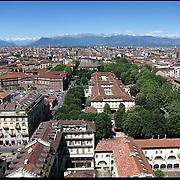 Gli uffici dell'anagrafe centrale di Torino si trovano nei locali dell'ex manicomio della città