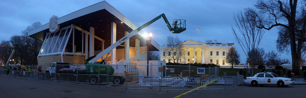 © Licensed to London News Pictures. 31/12/2012. Washington DC, USA . The White House seen behind ongoing construction for of the Presidential Inauguration Review Stand which is being prepared for the 20th January 2013, when President Barack Obama will be sworn in as The American President for a second term. Photo credit : Stephen Simpson/LNP