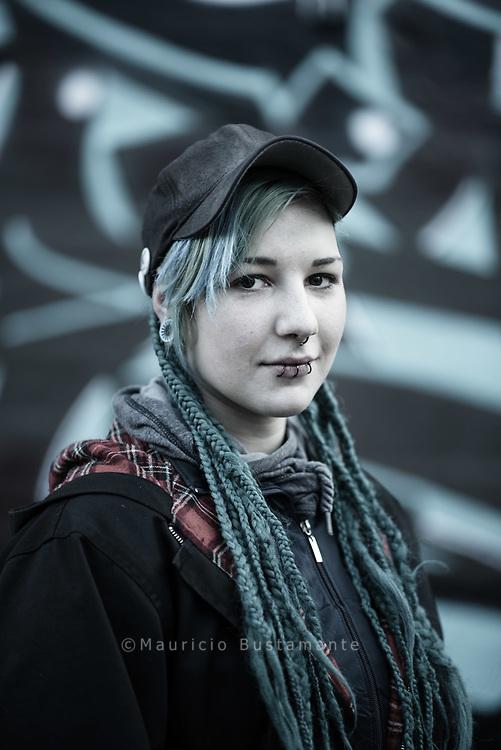 Hanna war noch keine 15 Jahre alt, als sie das erste Mal das KIDS am Hauptbahnhof betrat. Heute<br /> setzt sie sich für die Rechte von Stra&szlig;enkindern ein. M&auml;rz 2017 Hamburg.