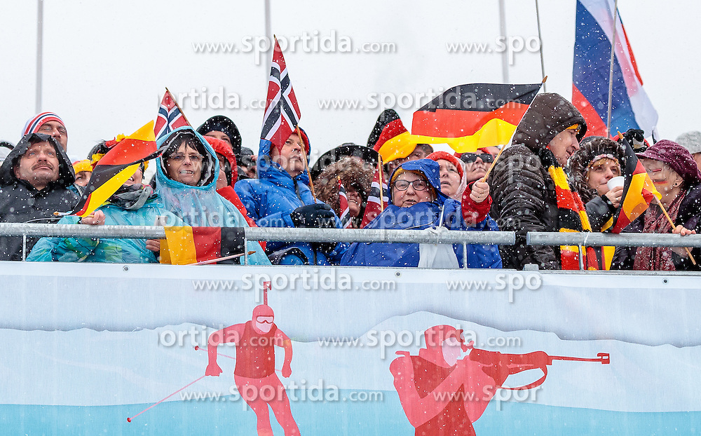 17.02.2017, Biathlonarena, Hochfilzen, AUT, IBU Weltmeisterschaften Biathlon, Hochfilzen 2017, Staffel Damen, im Bild Fans // Spectators during Womens Relay of the IBU Biathlon World Championships at the Biathlonarena in Hochfilzen, Austria on 2017/02/17. EXPA Pictures © 2017, PhotoCredit: EXPA/ JFK