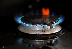 March 2013 GAS COOKER
