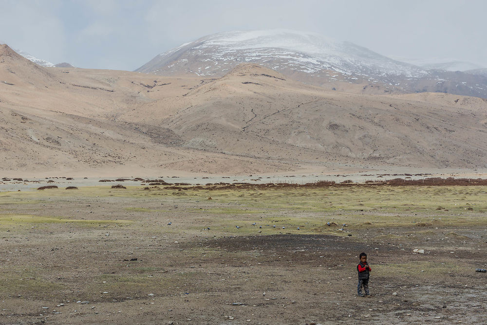 A Tibetan child on Ladakh's Changtang plateau