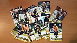 Aalborg Panthers<br /> <br /> Officielle Danske Hockey Trading Card. <br /> <br /> 1998-1999 Komplet Danske Ishockey Kort 228 stk.<br /> <br /> 47. Jiri Podesva<br /> 48. Jens Thomsen<br /> 49. Carsten Rønnest<br /> 50. Thomas Pedersen<br /> 51. Bo Nordby<br /> 52. Jan Jakobsen<br /> 53. Nick Lamia<br /> 54. Karel Krecek<br /> 55. Kasper Sørensen<br /> 56. Johan Jensen<br /> 57. Tomas Klima<br /> 58. Jesper F. Pedersen<br /> 59. Rico Larsen<br /> 60. Mads Møller<br /> 61. Jacek Nowakovski<br /> 62. Kasper H. Knudsen<br /> 63. Martin Struzinski<br /> 64. Mark Steffensen<br /> 65. Gert Andreasen<br /> 66. Jens Chr. Gregersen<br /> 67. Rasmus Christiansen<br /> 68. Kristian Hansen<br /> 69. Henning Ludvigsen<br /> 70. Valeri Shilov<br /> <br /> Begrænset komplet sæt på lager. Kontakt: mail@nhcfoto.dk eller tlf. 40277826