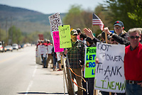 NH Electric Coop picket line in Plymouth, NH.  (Karen Bobotas/for the Laconia Daily Sun)